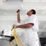 Выравнивание потолка своими рукамиВыравнивание потолка