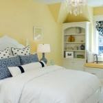 Уютная и светлая спальня